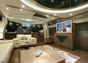 lounge luxusyacht sunseeker predator 92 ibiza