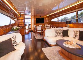 lounge Cabin Luxury Yacht canados 80 jurik