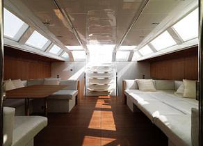 lounge luxusyacht swan 82