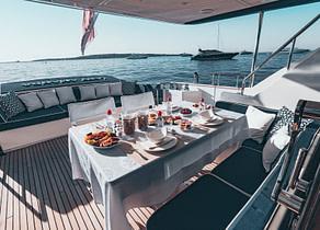 Upperdeck sitzgruppe Luxury Yacht lady amanda south france