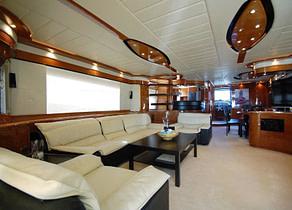 lounge luxusyacht mochi craft 85 leigh