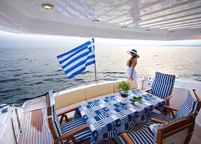 oberdeck luxusyacht sunseeker 20 alissia charter griechenland