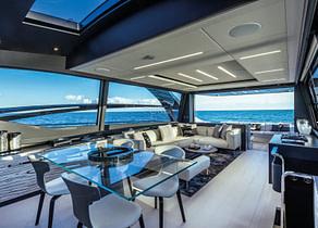 lounge luxusyacht pershing 8x beyond balearics