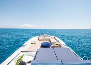 Sonnendeck luxusyacht tecnomar 120 blue jay