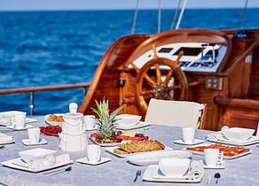 oberdeck luxusyacht pruva yachting 35m