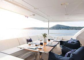 Upperdeck Luxury Yacht azimut 95 memories too griechenland