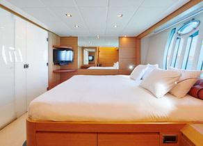 master Cabin Luxury Yacht pershing 80 halley Balearen