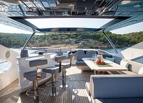 flybridge luxury yacht sunseeker 86 rush x Balearen mallorca ibiza