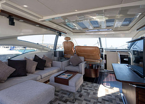 lounge luxusyacht azimut 68s manzanos