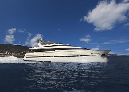 luxusyacht sanlorenzo 100 charter balearics
