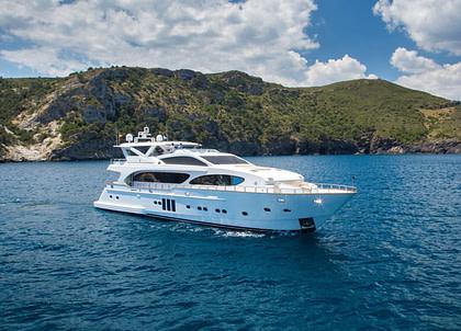 luxusyacht bilgin 34m madness charter balearics