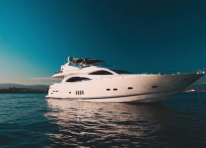 luxusyacht sunseeker 28m pearl of london italien charter