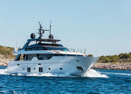 luxusyacht sanlorenzo sl102 asymmetric noor ii kroatien charter