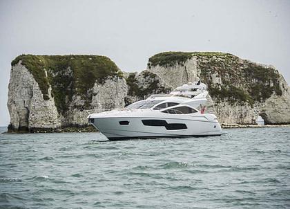 luxusyacht sunseeker sport 80 seawater balearics