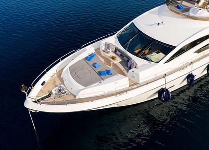 bug luxusyacht charter sunseeker 80 spirit of the sea